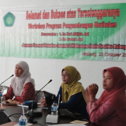 Workshop Penyusunan Kurikulum Farmasi 2013
